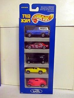 Hot Wheels Ford 5 Pack Gift Set- '32 Delivery-Thunderbird-Br